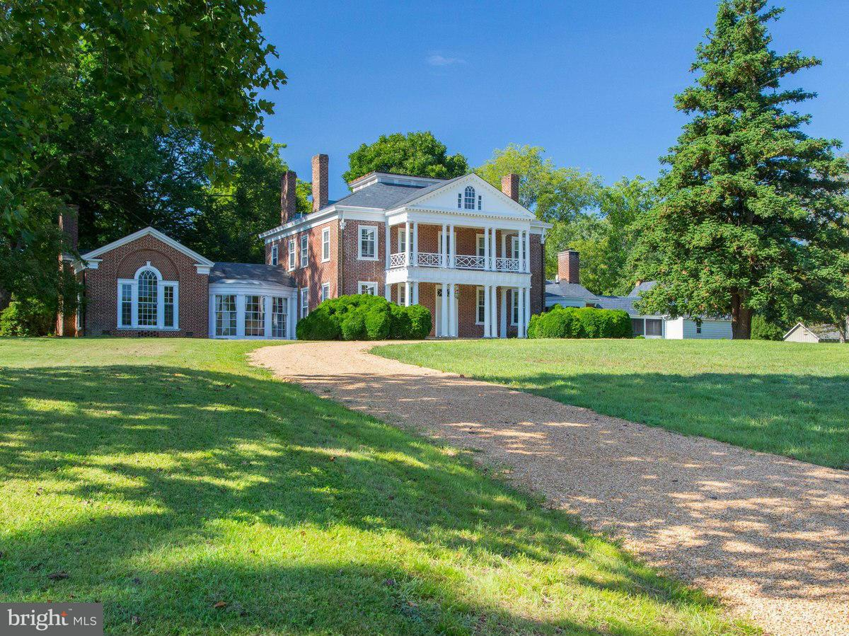 Additional photo for property listing at 7379 Dyers Mill Ln  Scottsville, Virginia 24590 United States