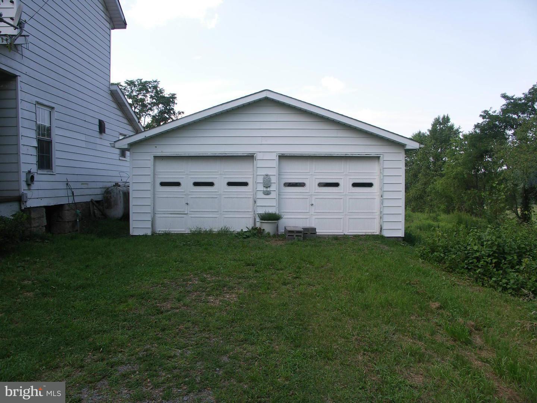 Additional photo for property listing at 133 Maffett Ln  Oakland, Maryland 21550 United States