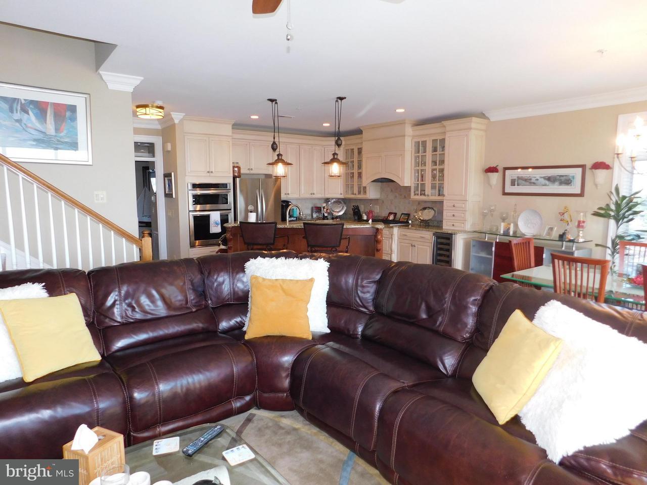 多棟聯建住宅 為 出售 在 110 Channel Marker Way #204 110 Channel Marker Way #204 Grasonville, 馬里蘭州 21638 美國