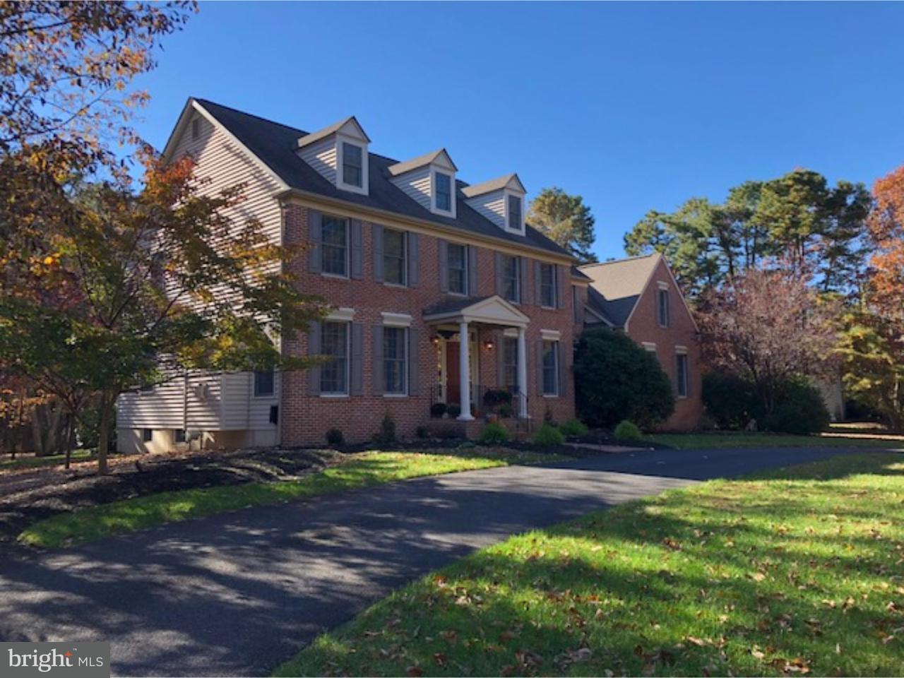 Частный односемейный дом для того Продажа на 13 AMESBURY PARKE Medford, Нью-Джерси 08055 Соединенные Штаты