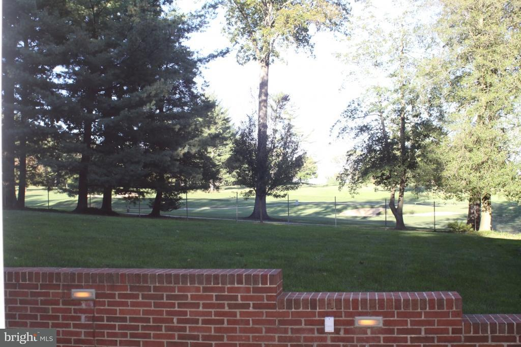 Additional photo for property listing at 3516 Cornell Road 3516 Cornell Road Fairfax, Virginia 22030 Vereinigte Staaten