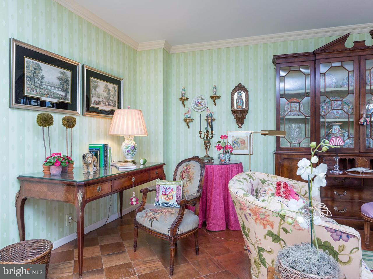 Additional photo for property listing at 700 New Hampshire Ave NW #406  Washington, District Of Columbia 20037 United States