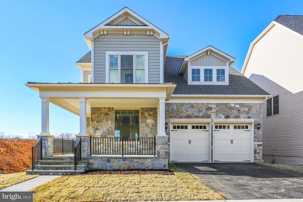 独户住宅 为 销售 在 13919 Streetilt Street 13919 Streetilt Street Clarksburg, 马里兰州 20871 美国