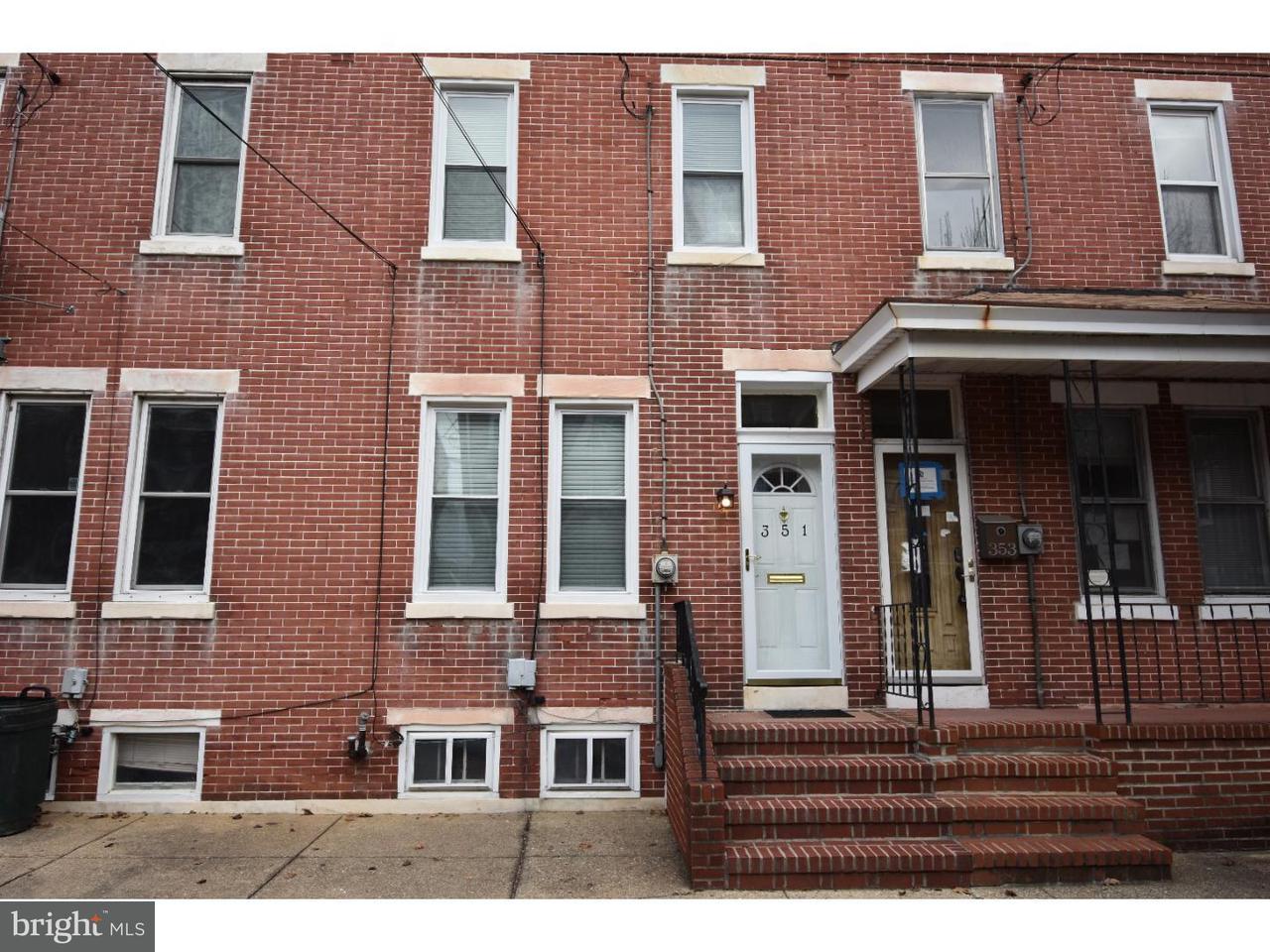 联栋屋 为 出租 在 351 BARCLAY Street Burlington, 新泽西州 08016 美国