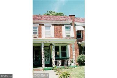 Single Family for Sale at 2750 Ellicott Dr Baltimore, Maryland 21216 United States