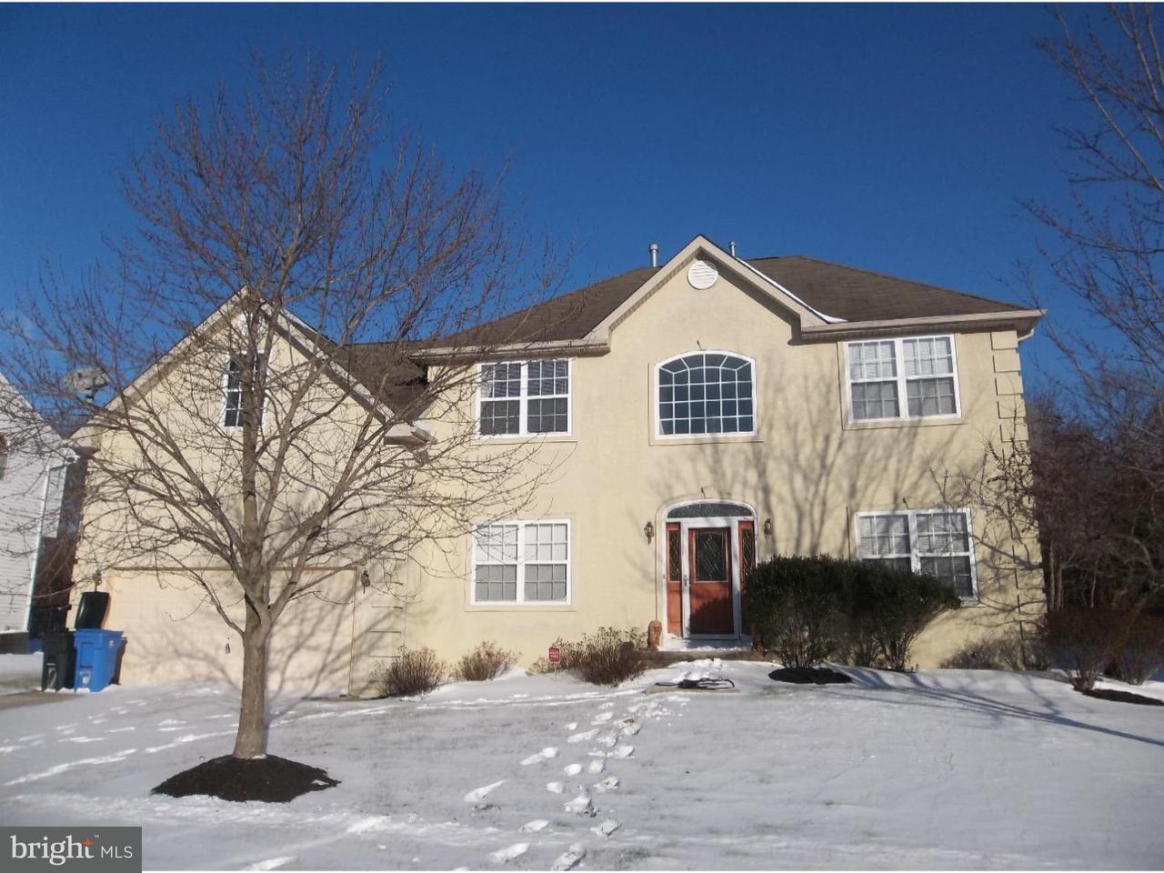 Частный односемейный дом для того Аренда на 7 DOWNS Street Clayton, Нью-Джерси 08312 Соединенные Штаты