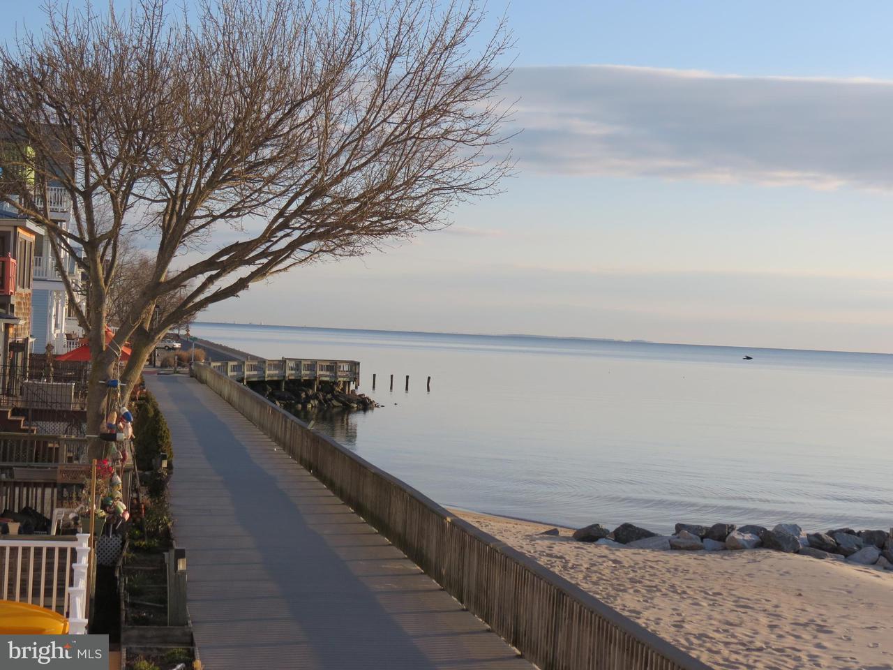 Eensgezinswoning voor Verkoop een t 9113 Bay Avenue 9113 Bay Avenue North Beach, Maryland 20714 Verenigde Staten