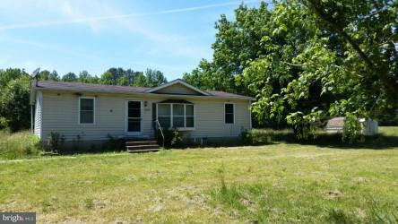 Single Family for Sale at 18620 Reedy Rd Marydel, Maryland 21649 United States