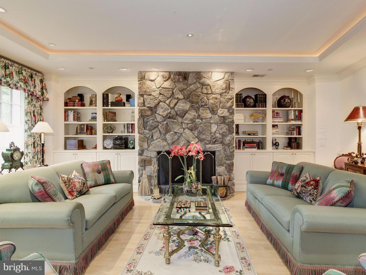 Condominio por un Venta en 4600 Elm #R-6 4600 Elm #R-6 Chevy Chase, Maryland 20815 Estados Unidos
