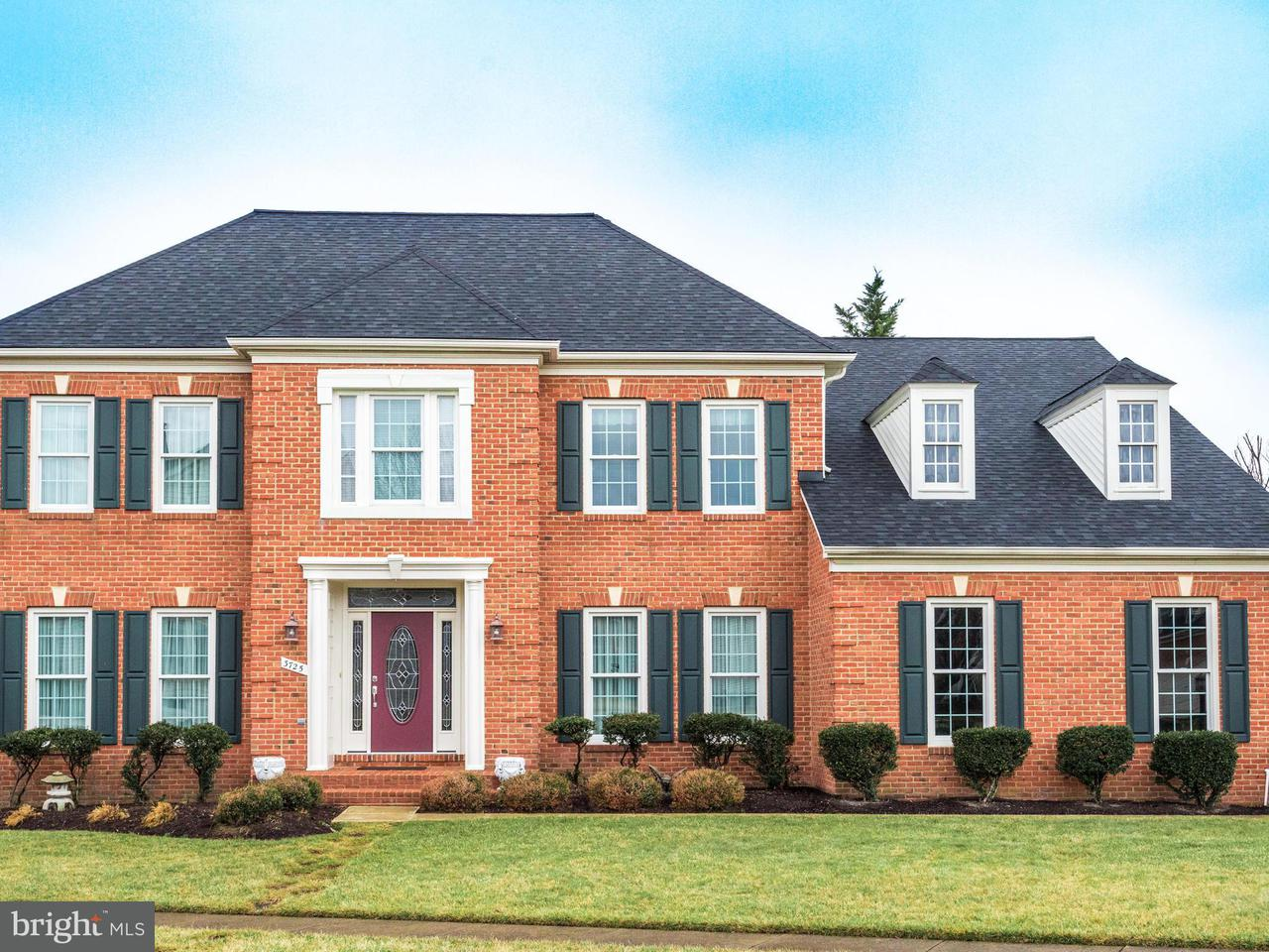 Single Family Home for Sale at 3725 Valley Oaks Drive 3725 Valley Oaks Drive Fairfax, Virginia 22033 United States