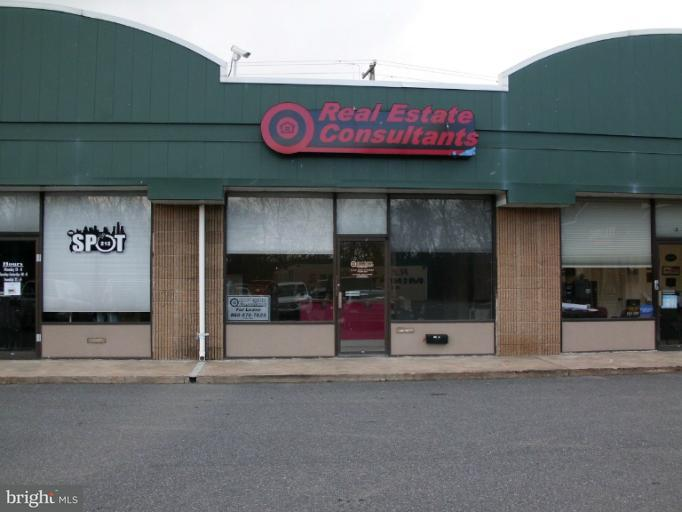 Other Residential for Rent at 3 Commercial Plaza Elkton, Maryland 21921 United States