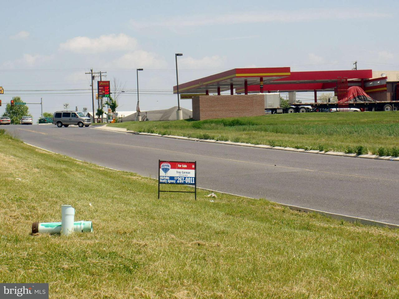 Commercial for Sale at 9 Orchard Dr Chambersburg, Pennsylvania 17201 United States
