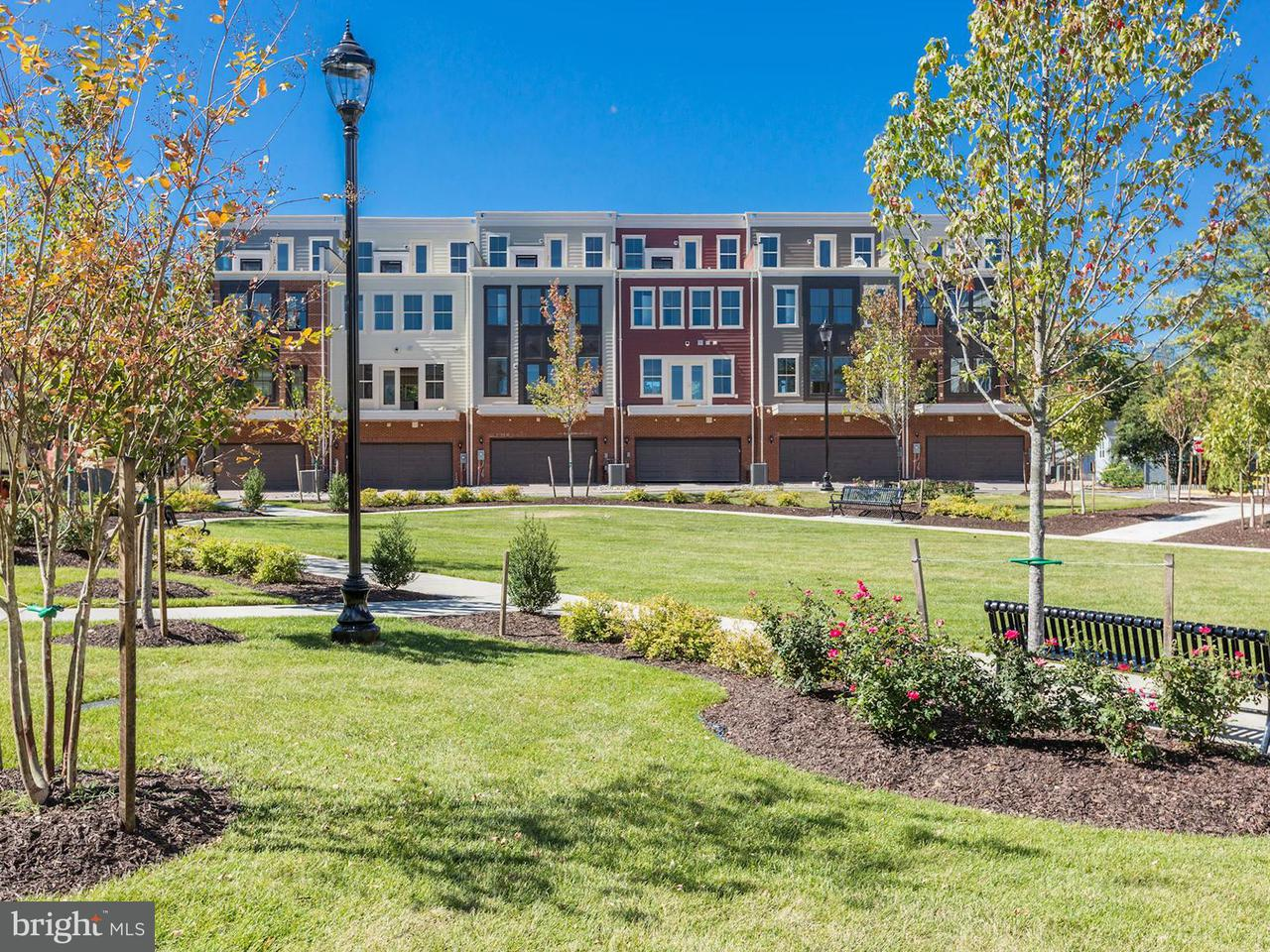 Additional photo for property listing at 3989 Norton Pl #106 3989 Norton Pl #106 Fairfax, Virginia 22030 États-Unis