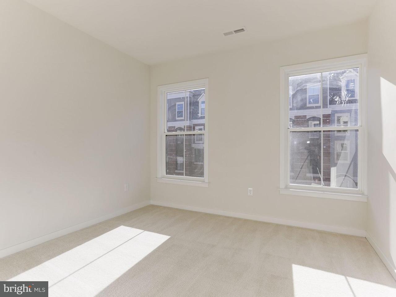 Additional photo for property listing at 10718 Viognier Ter #0 10718 Viognier Ter #0 Fairfax, Виргиния 22030 Соединенные Штаты