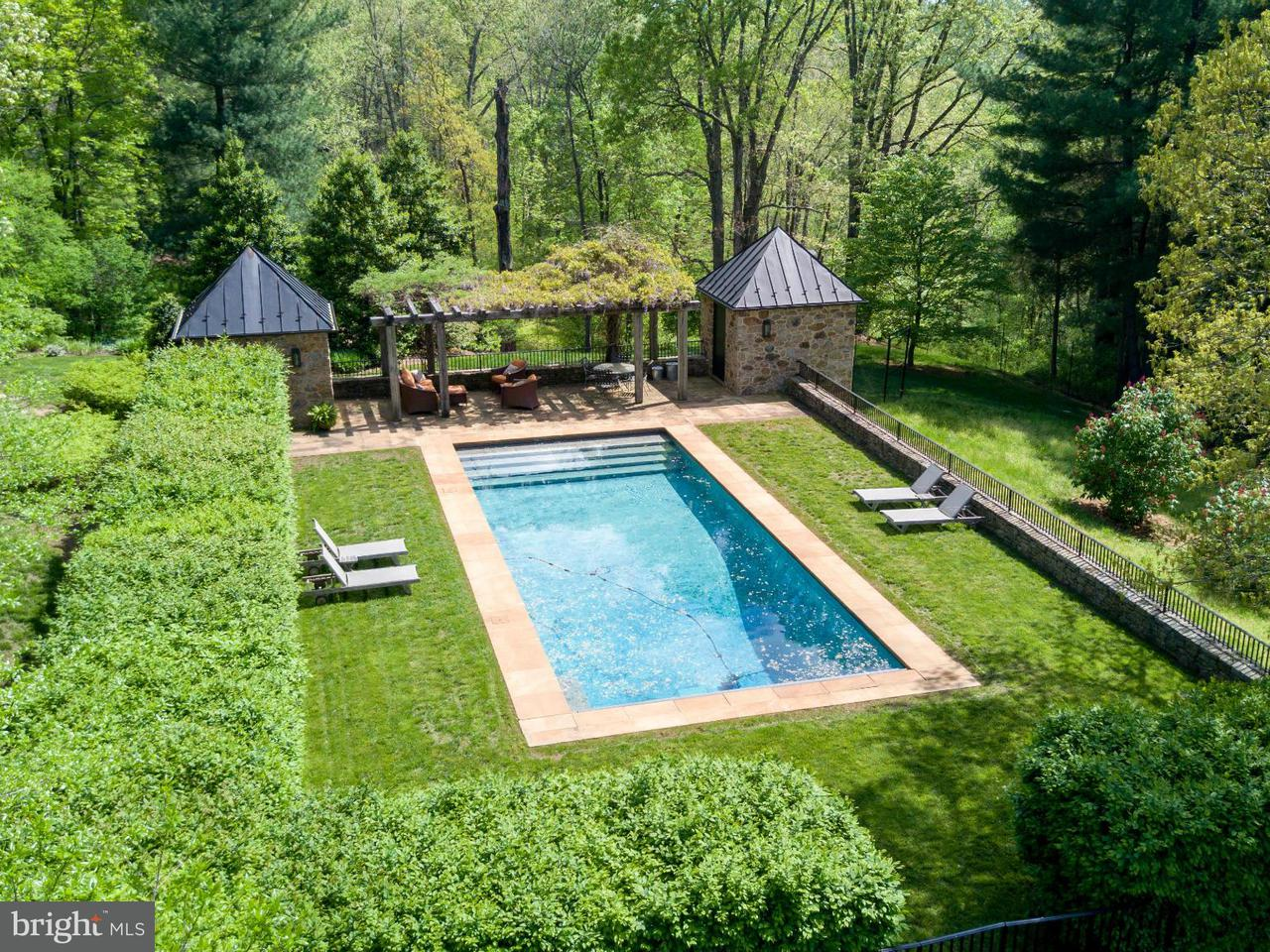 Additional photo for property listing at 12473 Crest Hill Rd  Hume, Virginia 22639 United States
