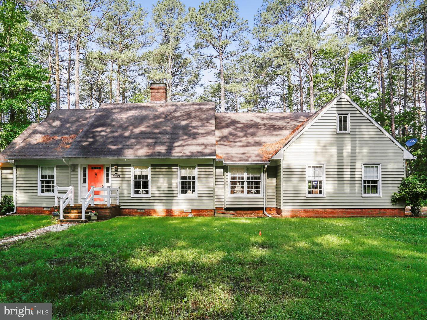 Single Family for Sale at 23870 Grace Creek Rd Bozman, Maryland 21612 United States