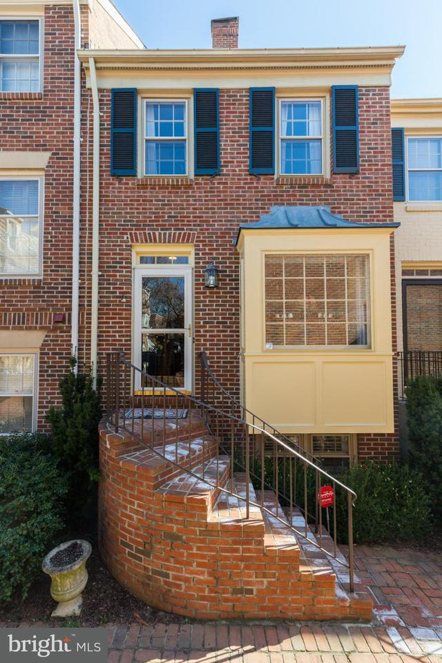 Other Residential for Rent at 1119 Michigan Ct Alexandria, Virginia 22314 United States