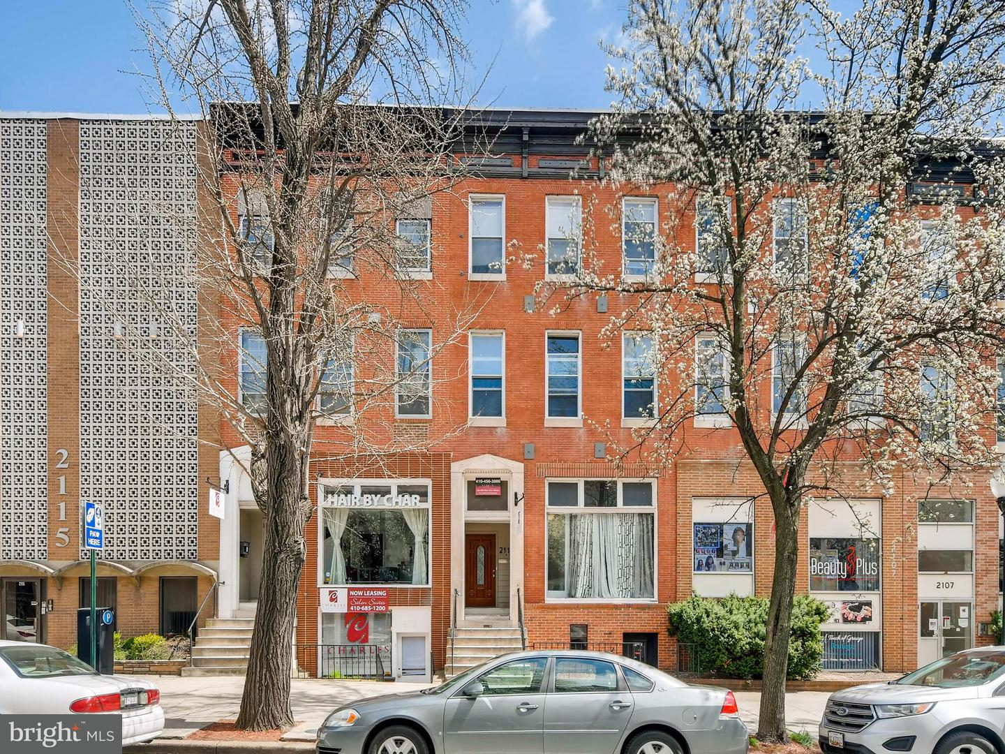Commercial for Sale at 2111 Charles St N Baltimore, Maryland 21218 United States