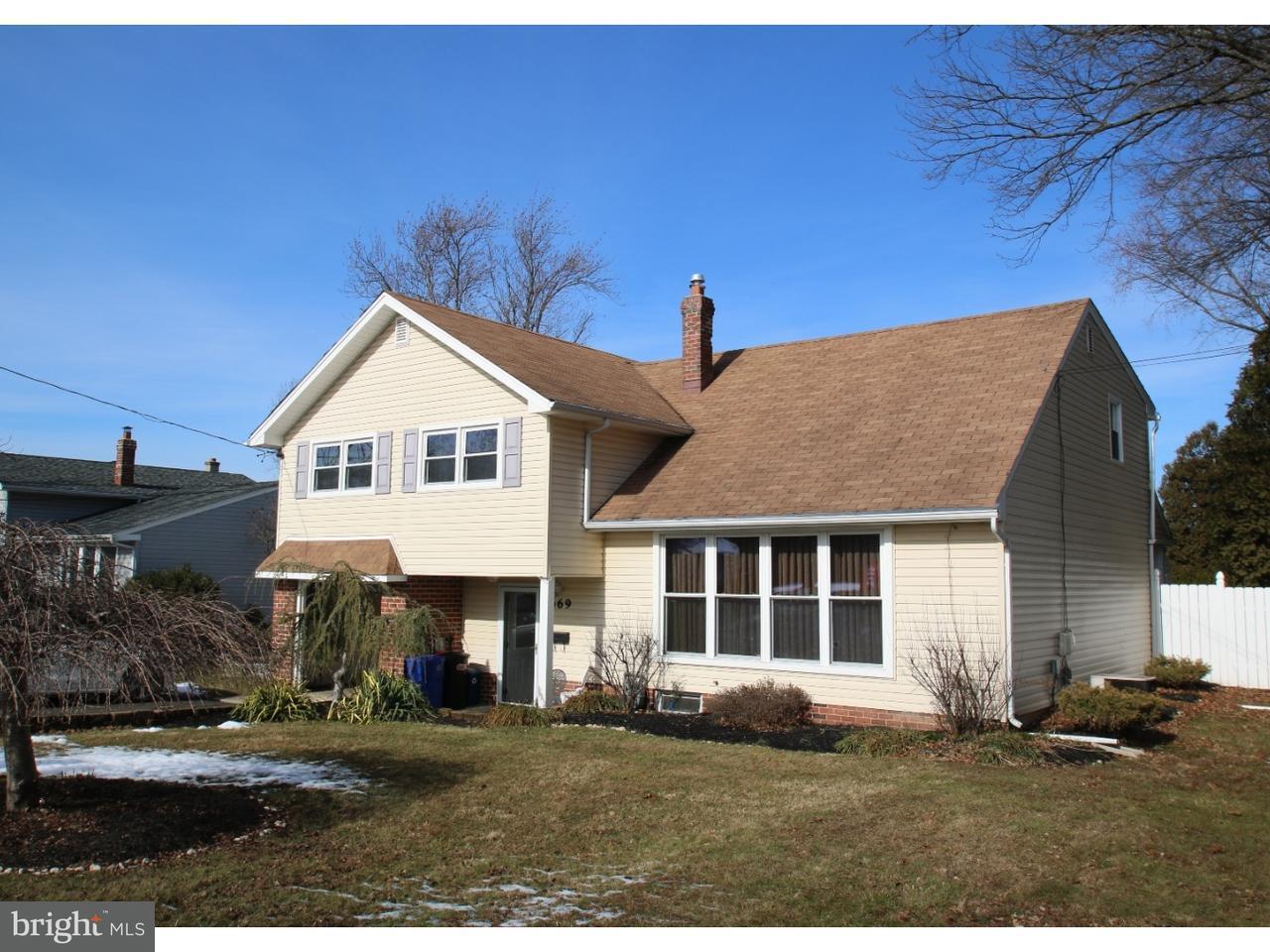 Casa Unifamiliar por un Venta en 669 CHERYL Drive Warminster, Pennsylvania 18974 Estados Unidos