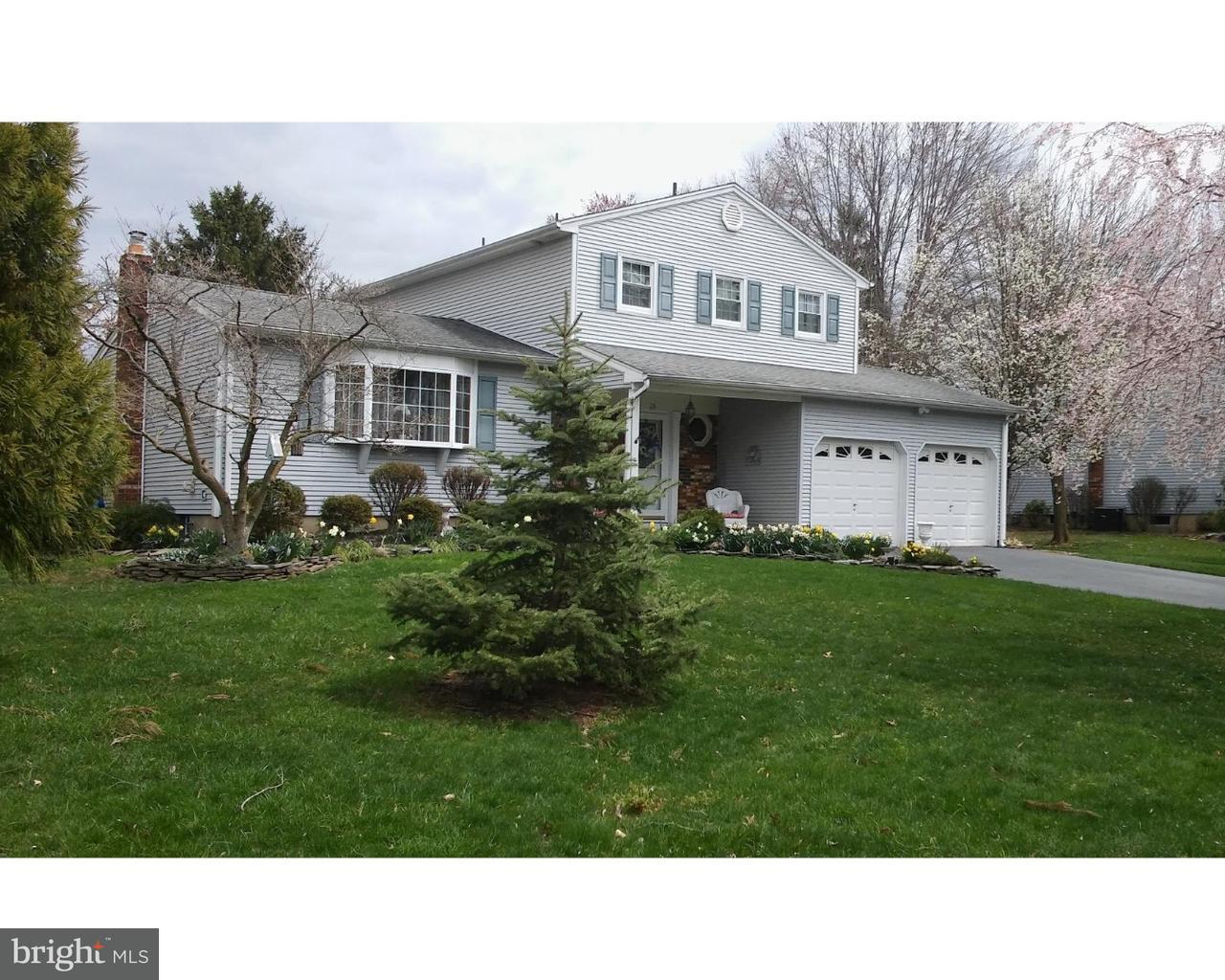 独户住宅 为 销售 在 26 TERRAPIN Lane Mercerville, 新泽西州 08619 美国在/周边: Hamilton Township