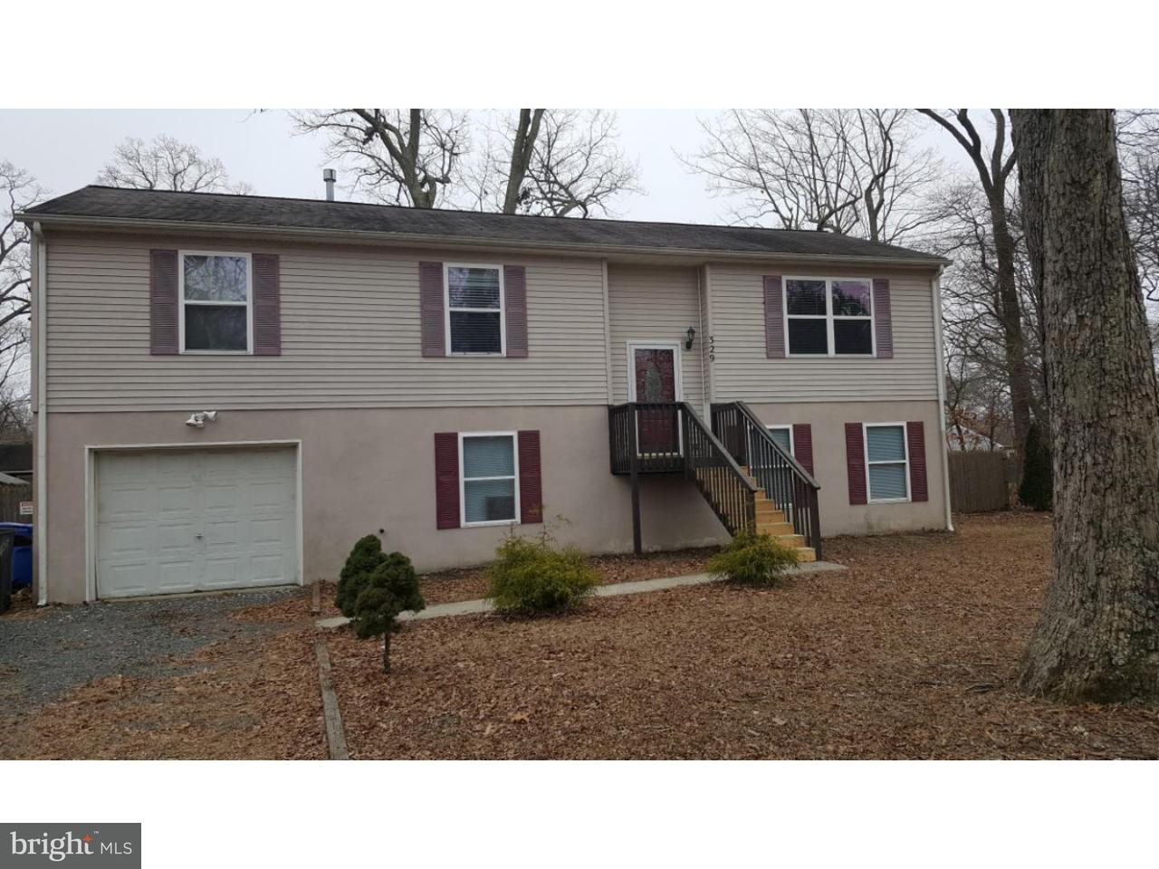 Maison unifamiliale pour l à louer à 329 DENNIS Avenue Browns Mills, New Jersey 08015 États-Unis