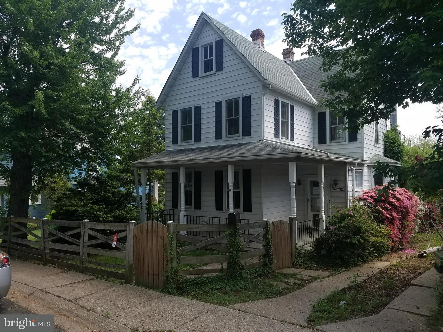 Single Family for Sale at 5009 Holder Ave Baltimore, Maryland 21214 United States