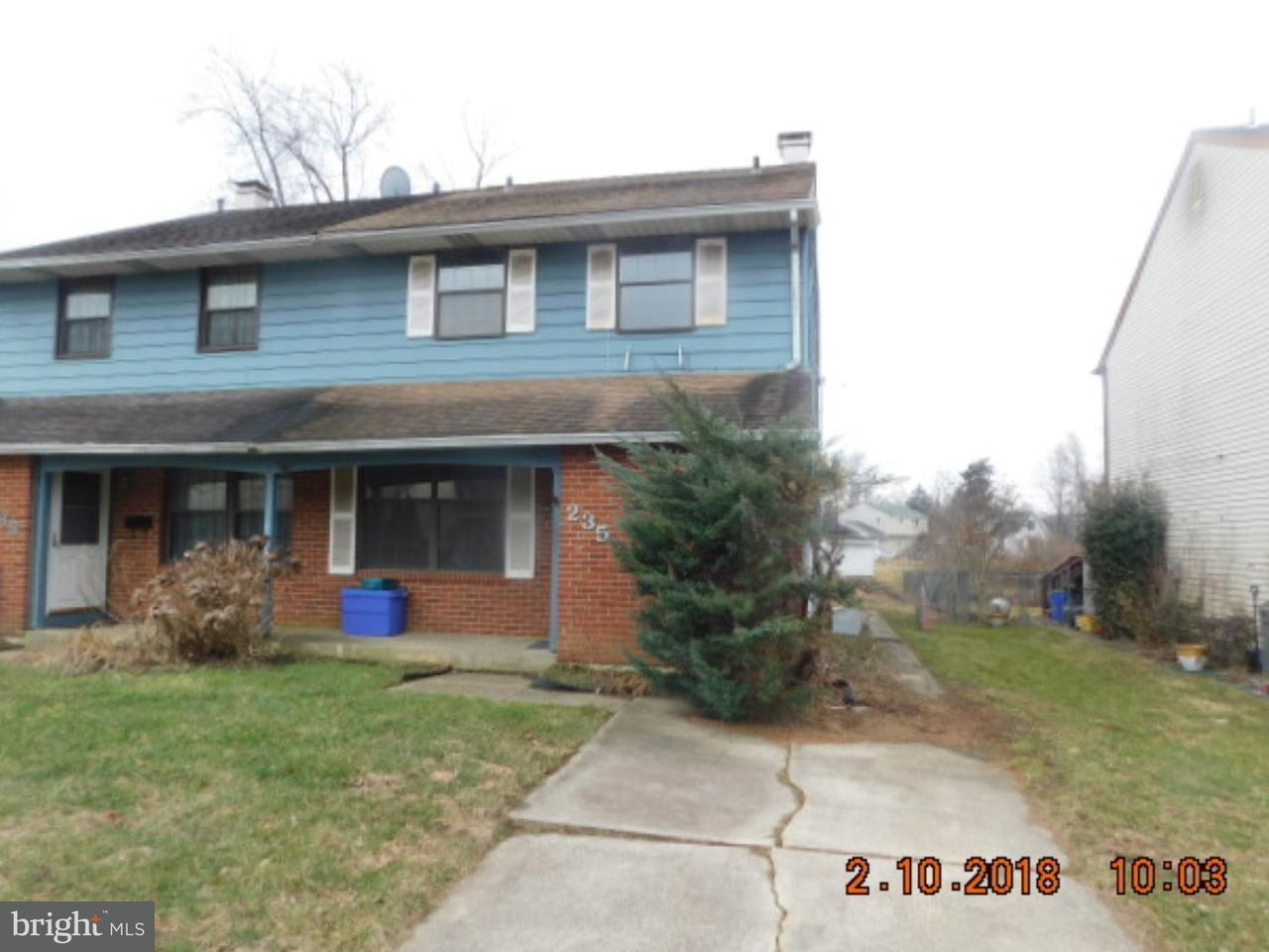 联栋屋 为 销售 在 235 LEONA Court Woodbury, 新泽西州 08096 美国