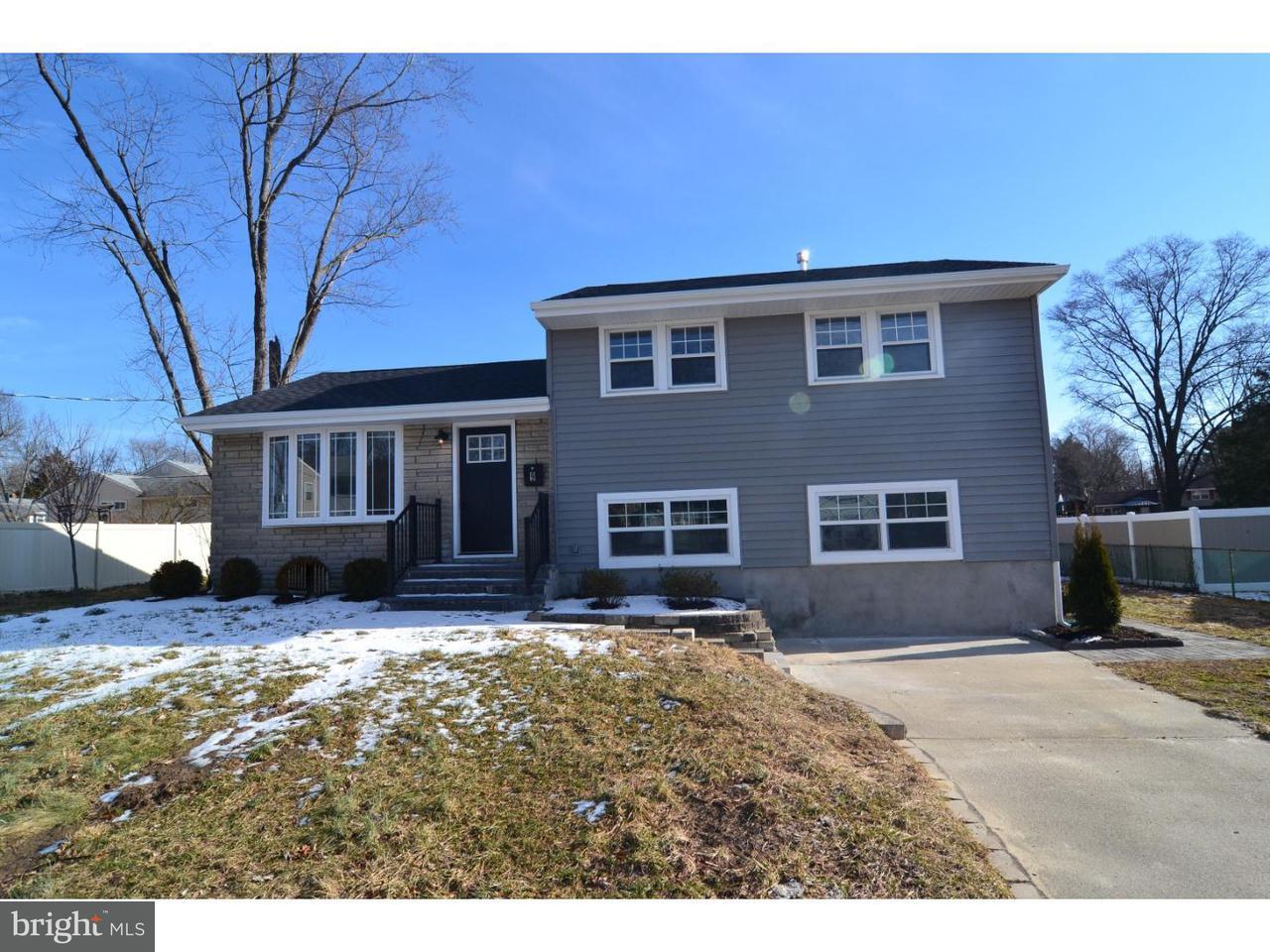 Maison unifamiliale pour l Vente à 9 CLEARBROOK Drive Gibbsboro, New Jersey 08026 États-Unis