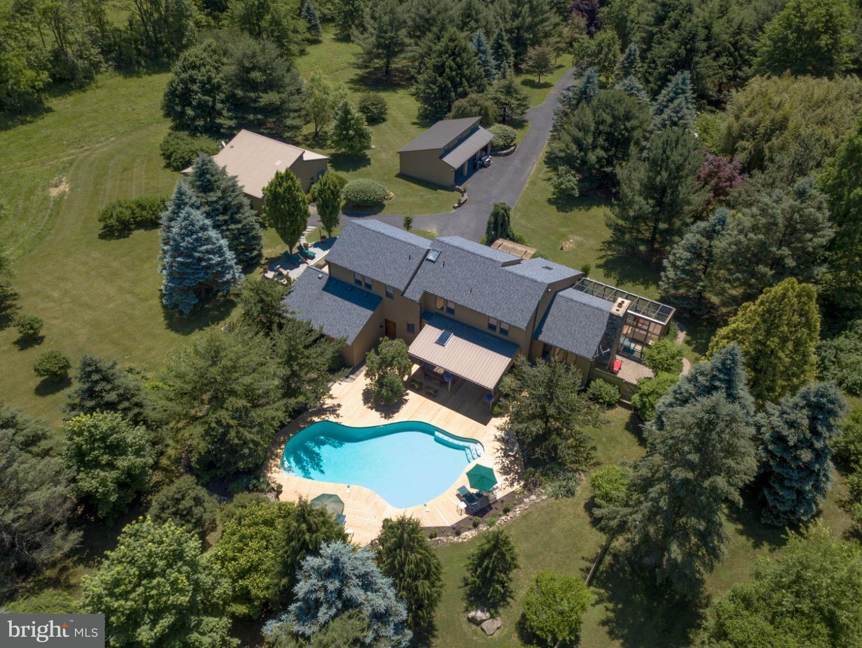 Maison unifamiliale pour l Vente à 2511 HICKORY Lane Coopersburg, Pennsylvanie 18036 États-Unis