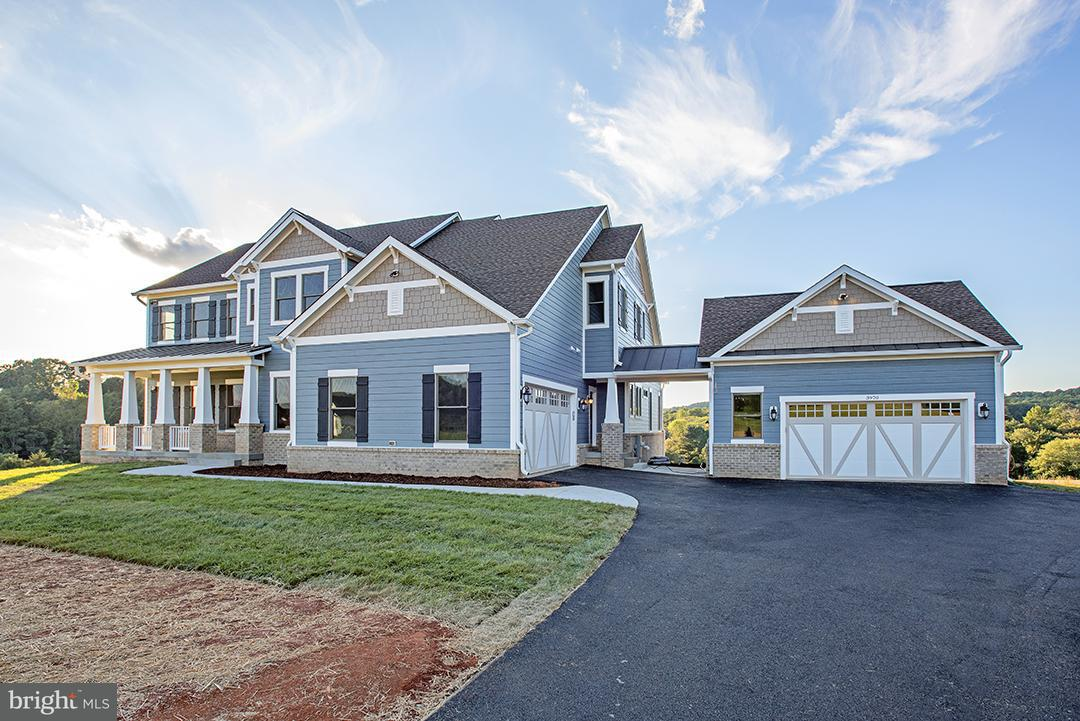 Vivienda unifamiliar por un Venta en 11311 Bellmont Drive 11311 Bellmont Drive Fairfax, Virginia 22030 Estados Unidos