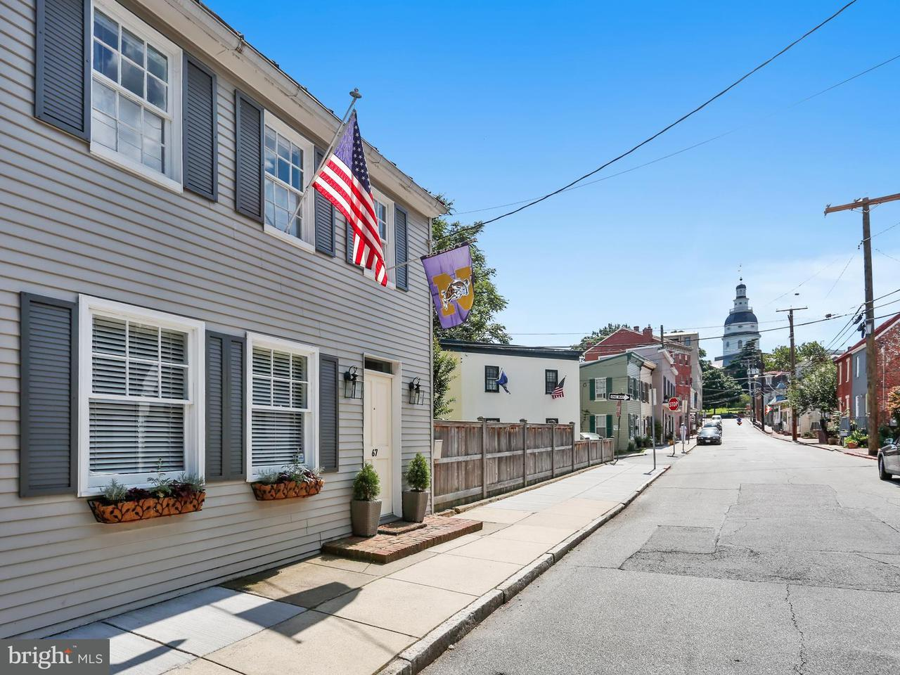 Townhouse for Sale at 67 East Street 67 East Street Annapolis, Maryland 21401 United States