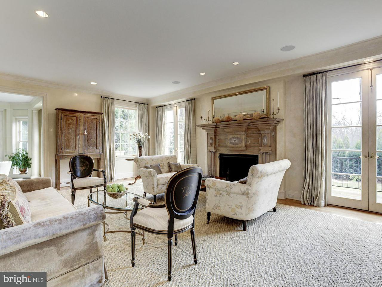 Additional photo for property listing at 4524 Cathedral Ave NW  Washington, District Of Columbia 20016 United States
