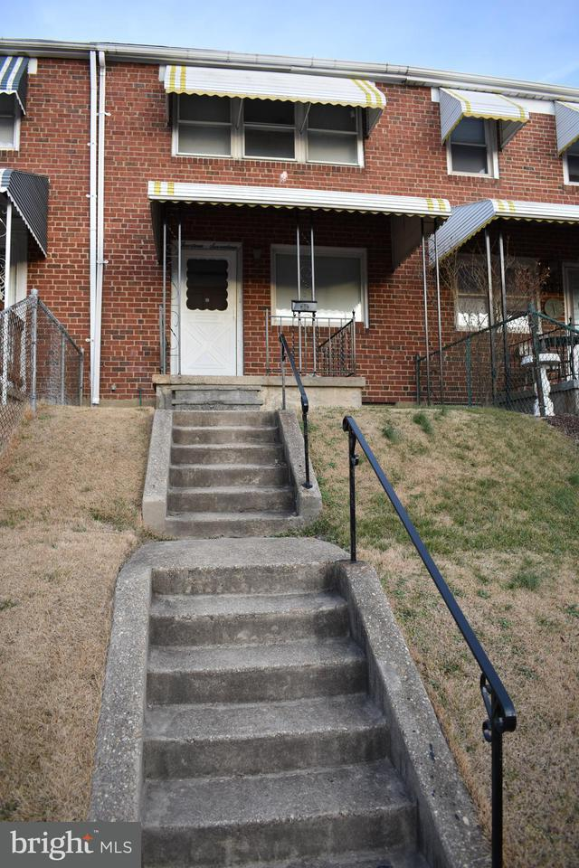 Single Family for Sale at 1417 Bonsal St Baltimore, Maryland 21224 United States
