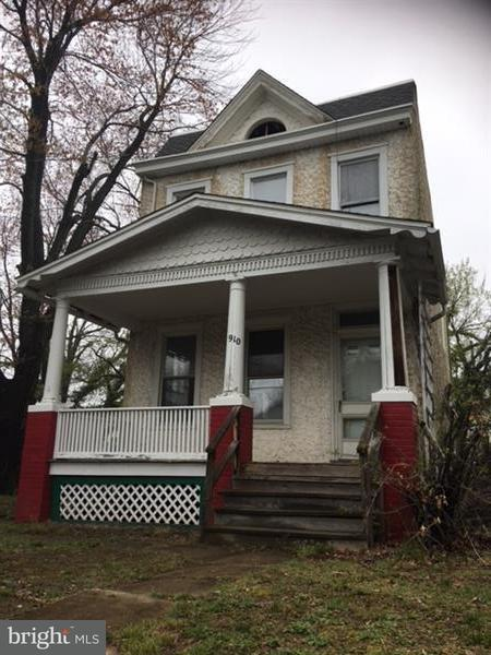 Single Family for Sale at 910 Savannah St SE Washington, District Of Columbia 20032 United States