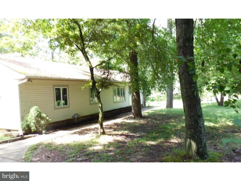 Maison unifamiliale pour l Vente à 321 TOMLIN STATION Road Harrisonville, New Jersey 08062 États-Unis