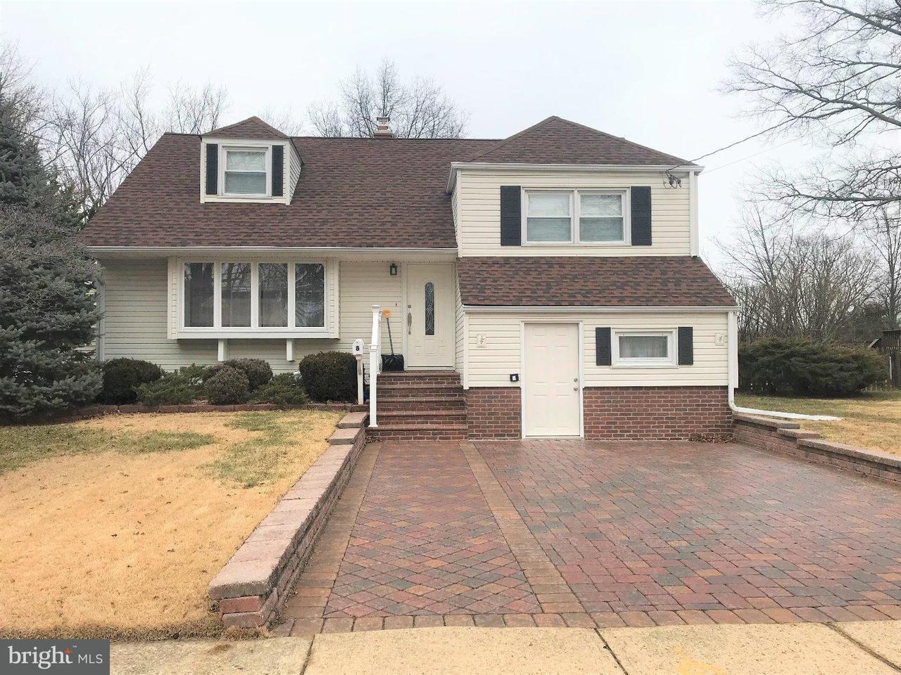 独户住宅 为 出租 在 8 SHACKAMAXON Drive Hamilton Township, 新泽西州 08690 美国在/周边: Hamilton Township