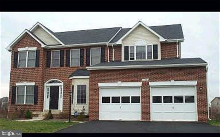 Single Family Home for Sale at 43383 Hay Road 43383 Hay Road Ashburn, Virginia 20147 United States