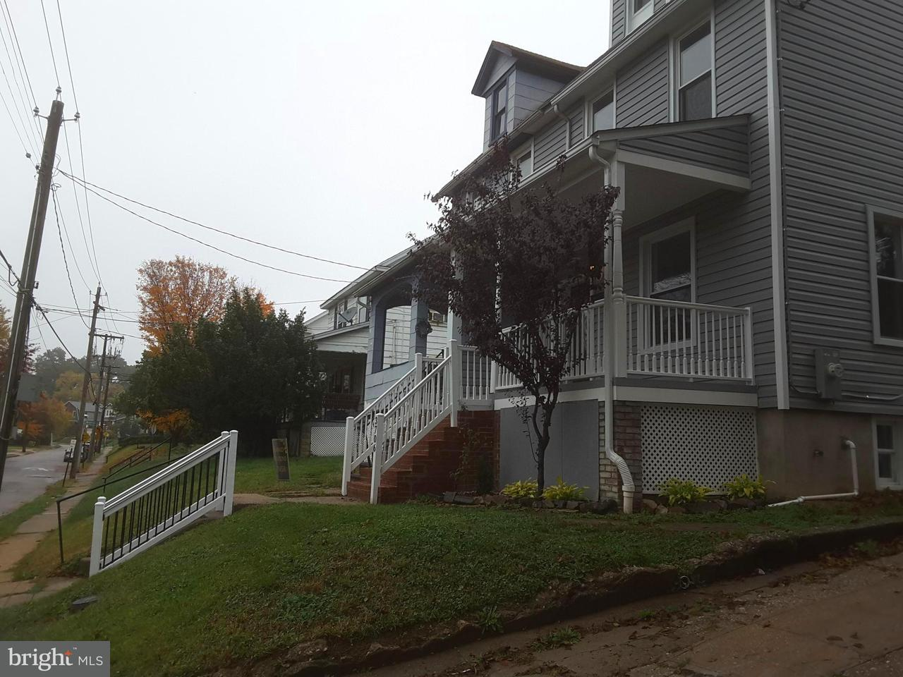 Single Family for Sale at 3706 Parkside Dr Baltimore, Maryland 21206 United States