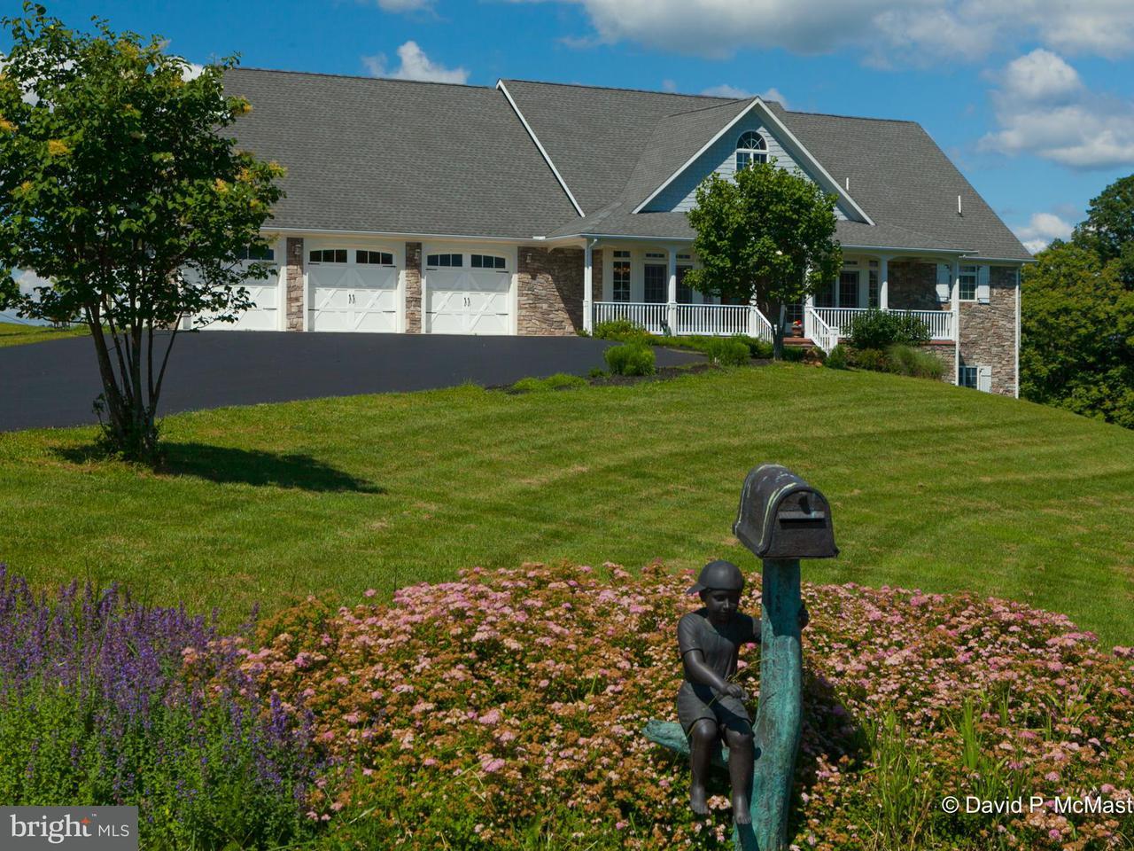 Villa per Vendita alle ore 19 Rachael Lane 19 Rachael Lane Berkeley Springs, Virginia Occidentale 25411 Stati Uniti