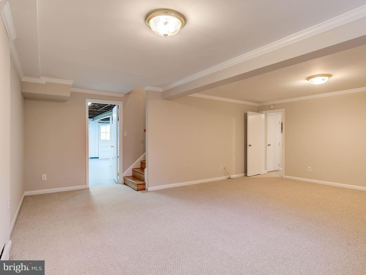 Additional photo for property listing at 3718 Randolph Street 3718 Randolph Street Fairfax, Virginia 22030 Verenigde Staten