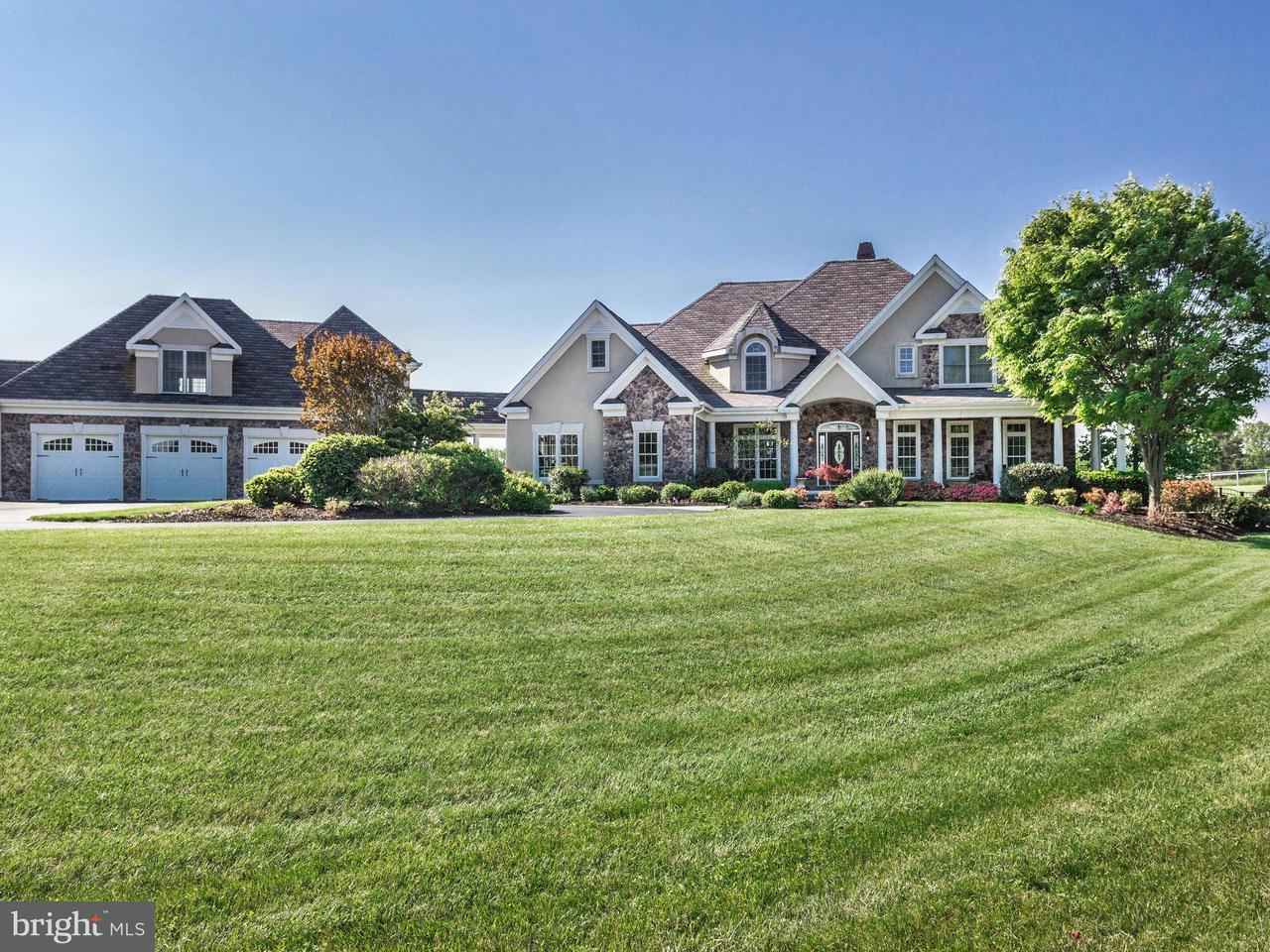 Casa Unifamiliar por un Venta en 5 Mullen Lane 5 Mullen Lane Lothian, Maryland 20711 Estados Unidos