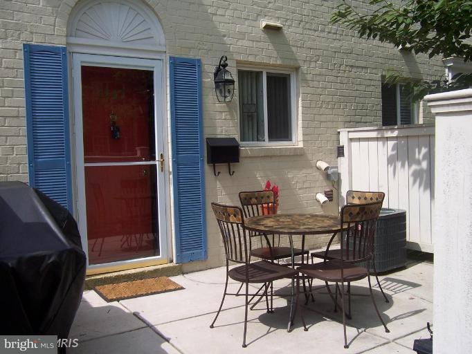 Single Family for Sale at 1307 N Van Dorn St #1307 Alexandria, Virginia 22304 United States