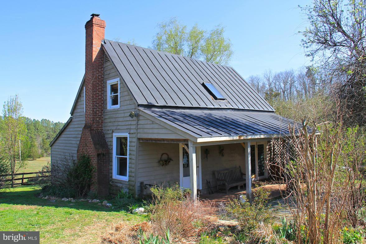 Farm for Sale at 7814 Chestnut Grove Rd Esmont, Virginia 22937 United States