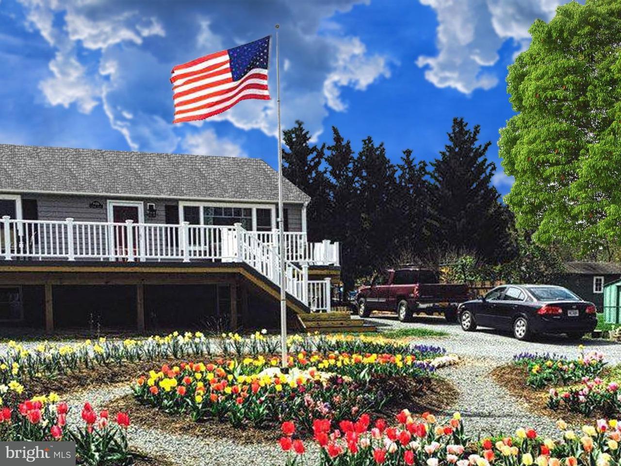 独户住宅 为 销售 在 16956 Simpson Circle 16956 Simpson Circle Paeonian Springs, 弗吉尼亚州 20129 美国