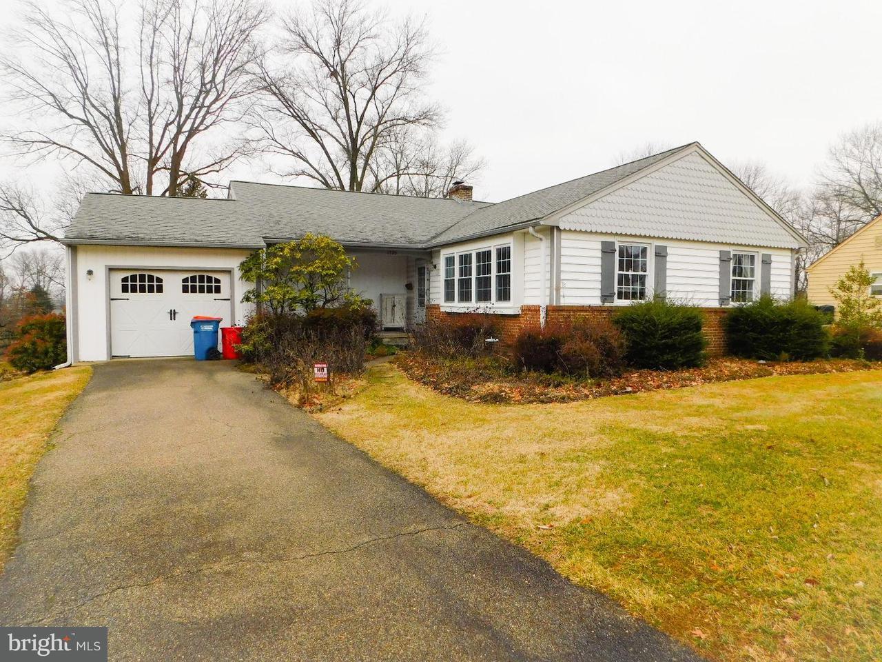 独户住宅 为 销售 在 1720 MAGNOLIA Lane Jeffersonville, 宾夕法尼亚州 19403 美国