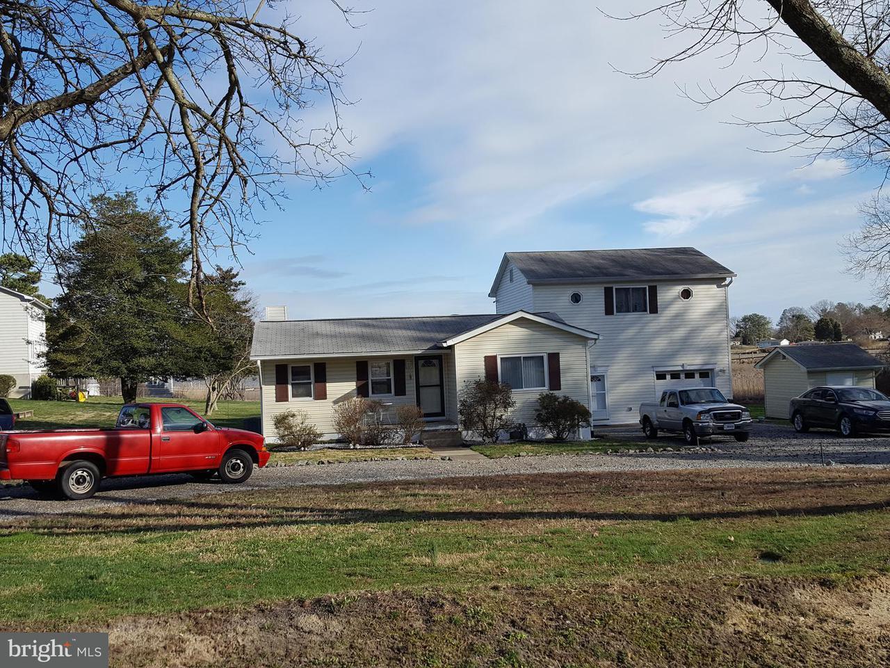 Μονοκατοικία για την Πώληση στο 1154 Shore Drive 1154 Shore Drive Colonial Beach, Βιρτζινια 22443 Ηνωμενεσ Πολιτειεσ