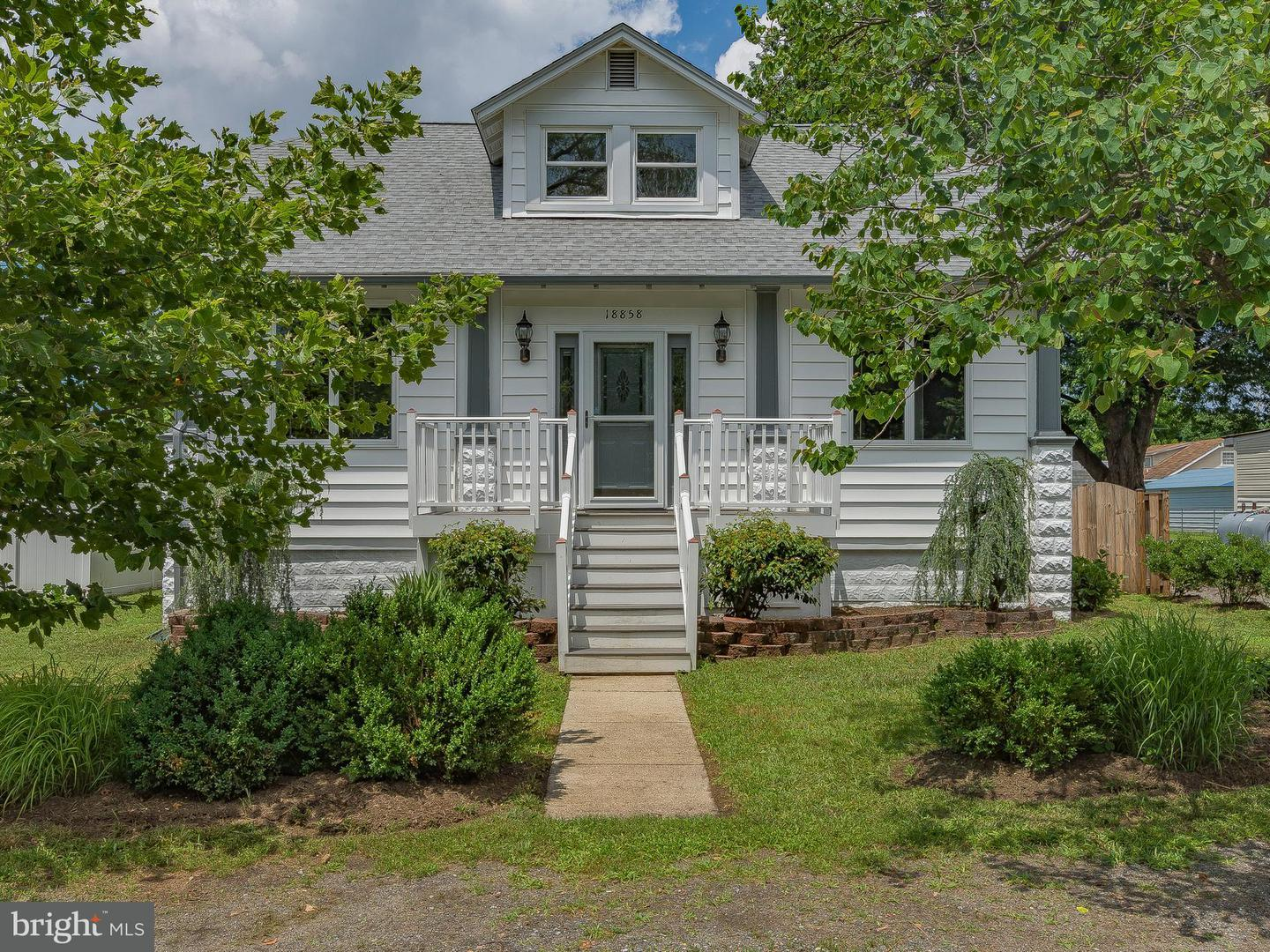 Single Family for Sale at 18858 Patuxent Ave Benedict, Maryland 20612 United States