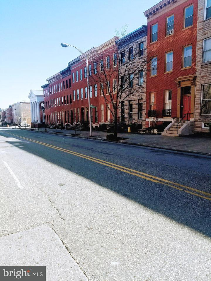 Single Family for Sale at 1411 Lombard St Baltimore, Maryland 21223 United States
