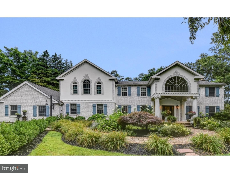 Maison unifamiliale pour l Vente à 3735 LAWRENCEVILLE Road Princeton, New Jersey 08540 États-UnisDans/Autour: Lawrence Township