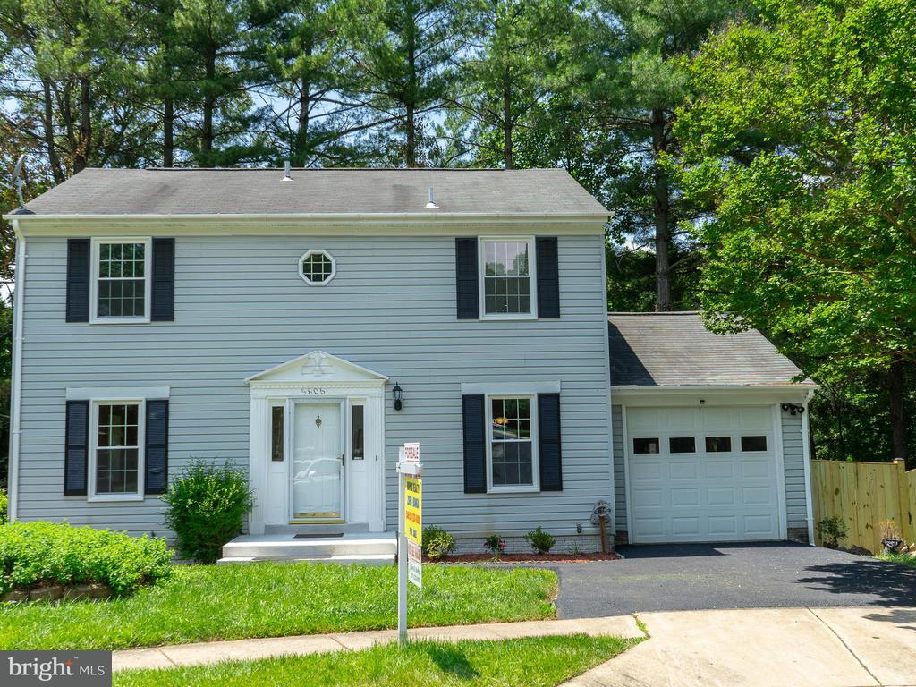 5806  SILCHESTER STREET 22015 - One of Burke Homes for Sale